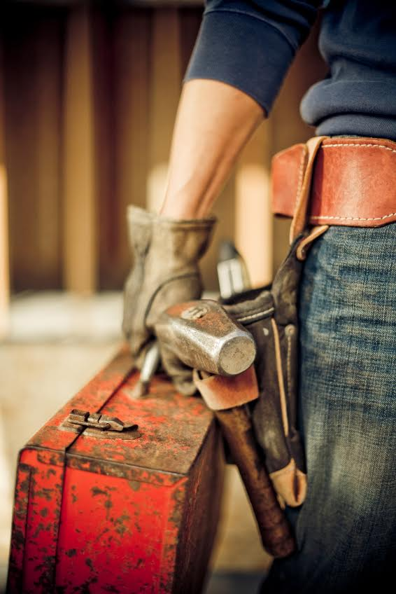 Foundation says tradies at risk of incontinence