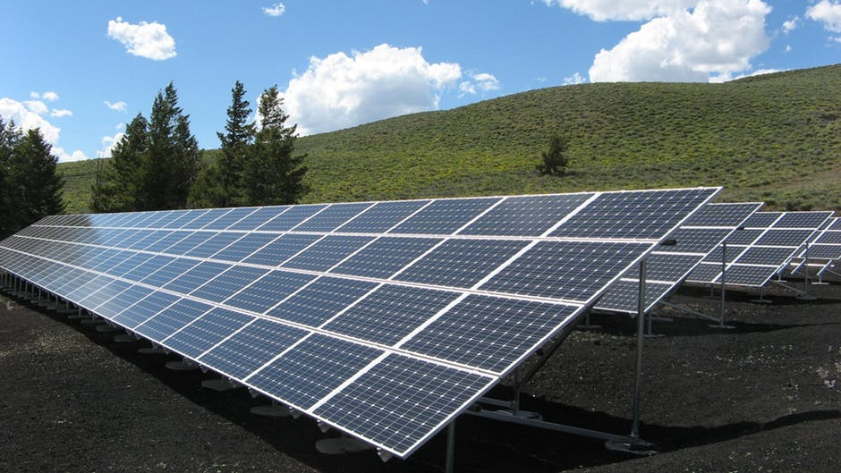 Workers paid $30 a day on State's solar farms