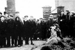 The worlds worst mine disaster occurred at Benxihu colliery in north eat china