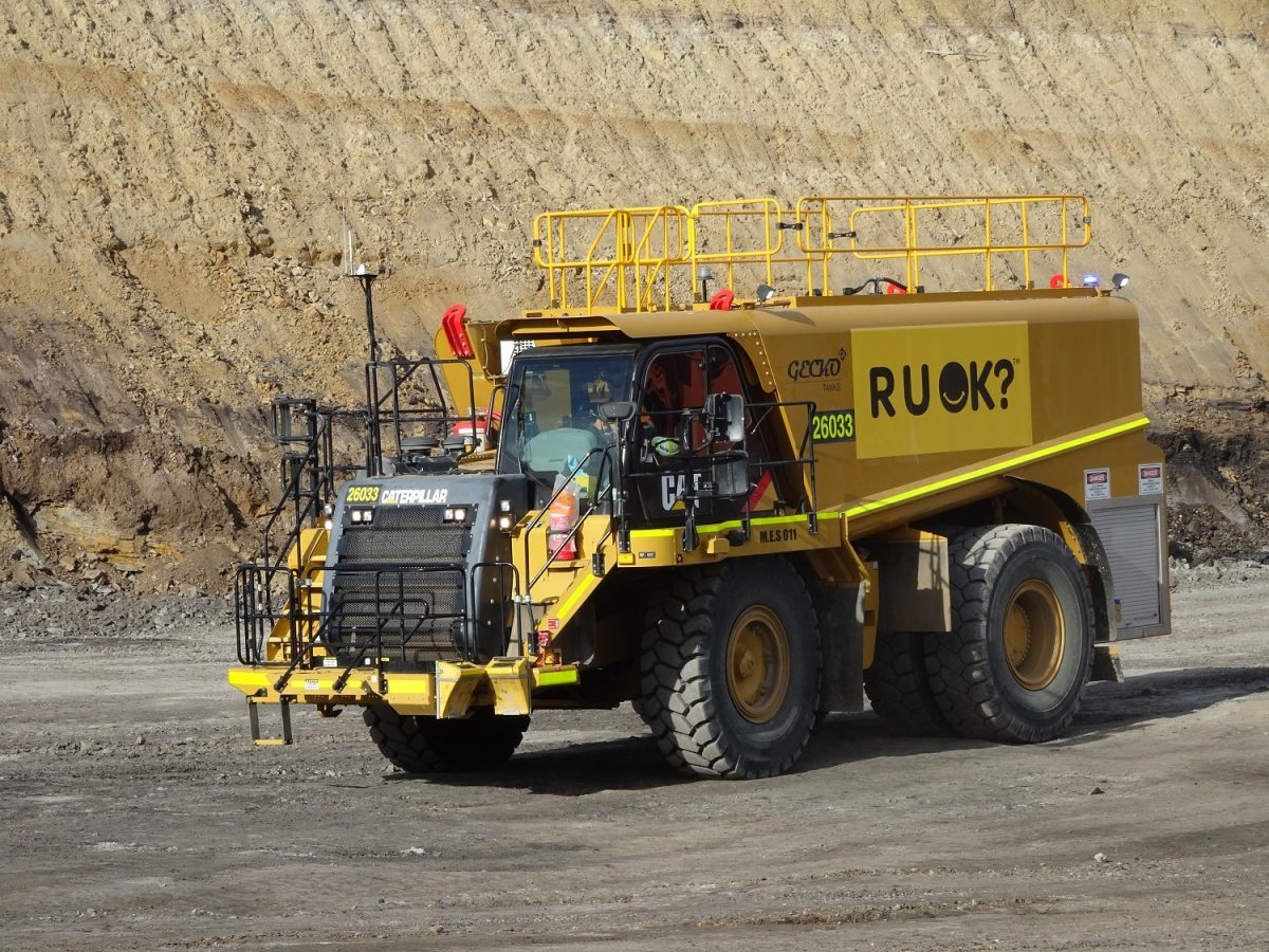 Safety Alert: Articulated truck rollovers