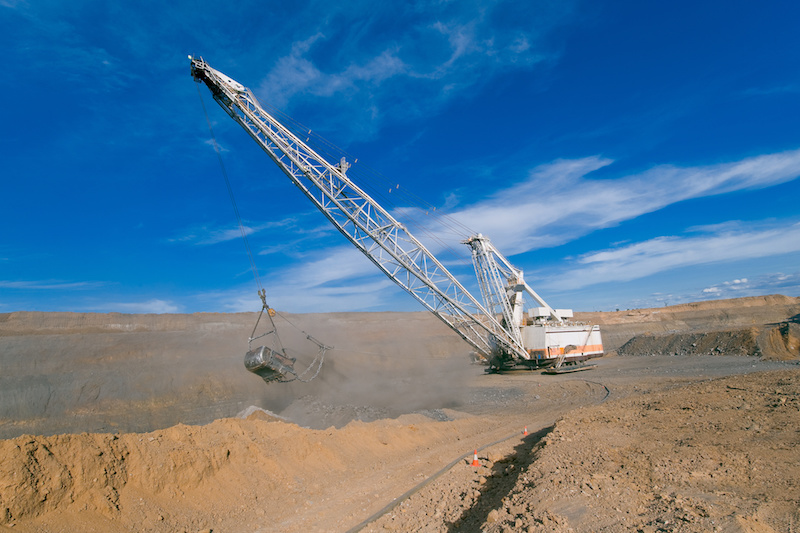 Dragline moves from Goonyella to South Walker