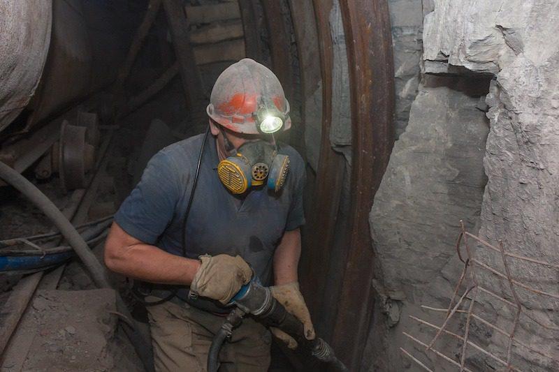 Exploding air tool kills US driller