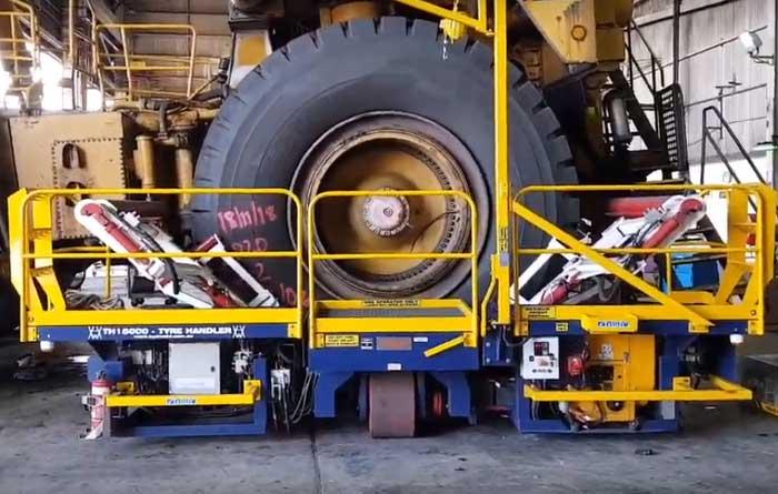 Tyre handing