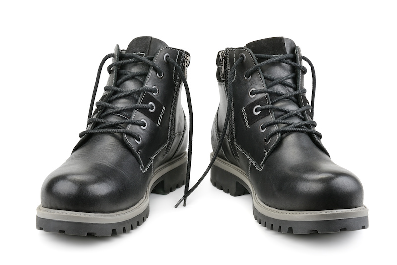 selecting work boots