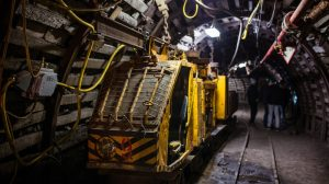China coal mine safety administration moves to curb outburst and bumps