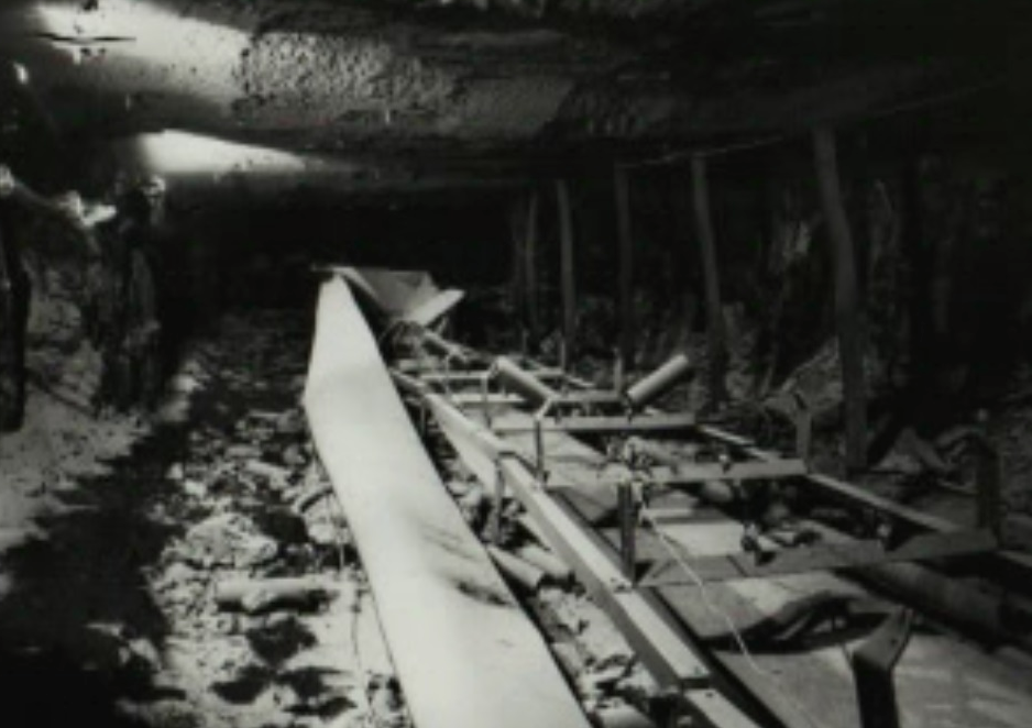 Moura No 4 mine disaster convetyor belt image