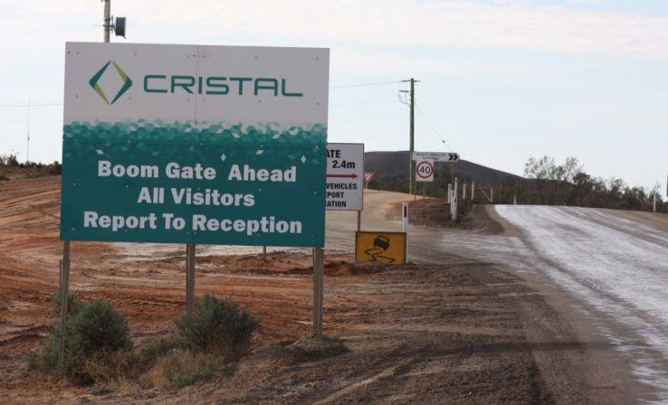 Cristal mining entry sign