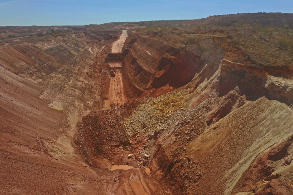 Bootu mine ground failure