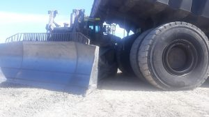 Positive communications has been higlighted in a truck dozer incident