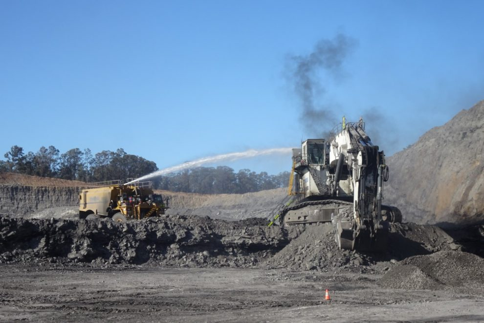 excavator fire at a nSW coal mine highlights needs for effective fire suppression