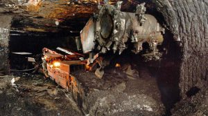 mine electrician dies in continuous miner
