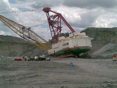 Dragline bench failure moura mine