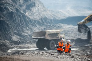 the resources sector enow employs 250,000 people according to a new report