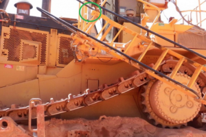 hydraulic satircase crushes mineworker