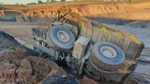 truck overturn