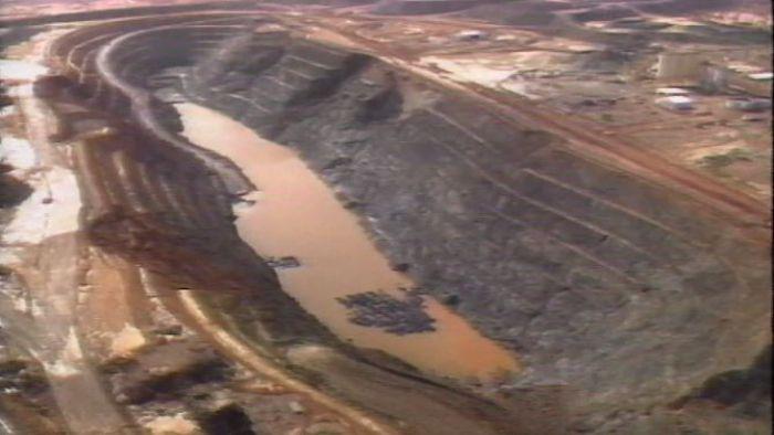 Emu gold mine disaster