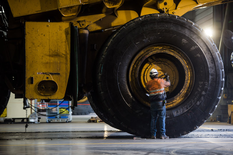 recycle mining truck tyres
