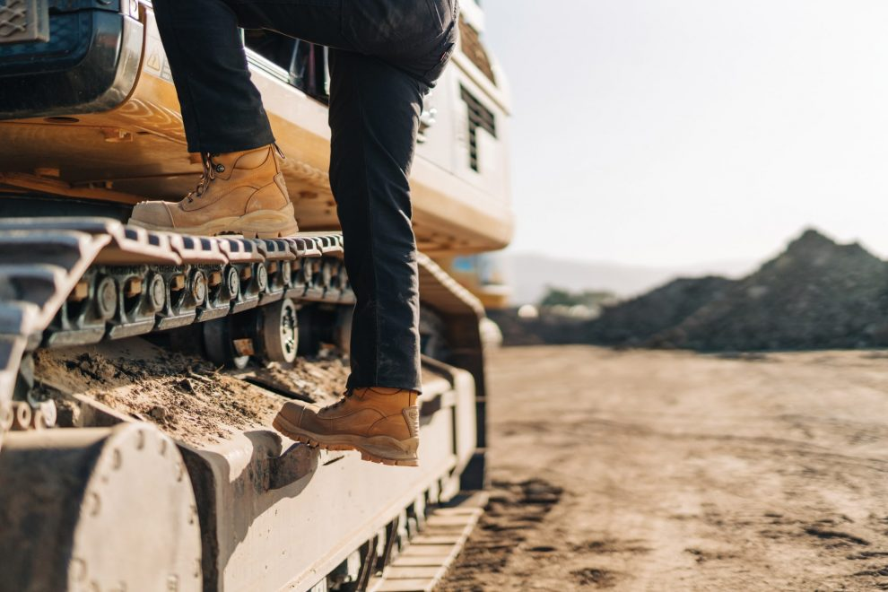 Blundstone Choosing the Correct Safety Footwear