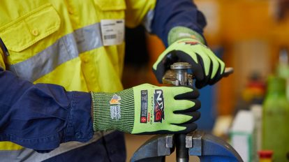 Safety Mate New Safety Regulations Gloves Standards